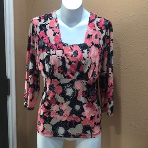 East fifth floral top